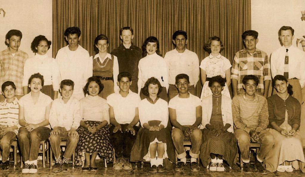 1955 8th grade class e1596364569502